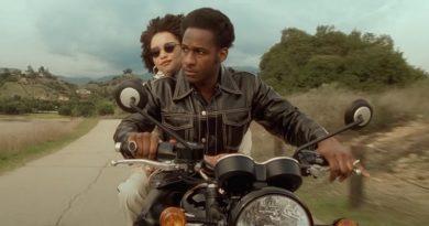 "Leon Bridges söyledi, Anderson .Paak çekti: ""Motorbike"""