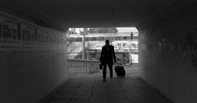 15 kısa film, 17 yönetmen: Malaz Usta yanıtlıyor