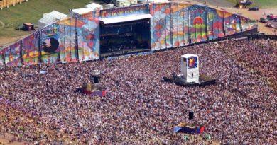 """""""Woodstock 99""""un kaotik ortamını konu eden belgesele ilk bakış"""