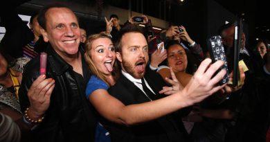 """Cannes Film Festivali direktöründen uyarı: """"Lütfen selfie çekmeyin"""""""