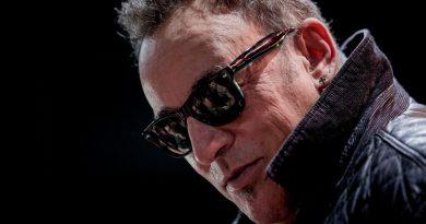 Video: Bruce Springsteen'den 'Royals' yorumu