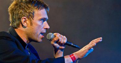 Damon Albarn'dan BBC Radio 2 performansı