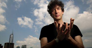 Neil Gaiman'dan sürprizlerle dolu yeni bir kitap geliyor!