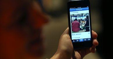 Instagram, çok beğenilen fotoğrafları mail kutunuza yollayacak!