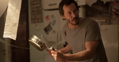 "Keanu Reeves'li yeni Eli Roth filmi ""Knock Knock""tan fragman"