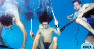 Nirvana'nın ¨Nevermind¨ fotoğraf çekiminden hiç görmediğiniz kareler!