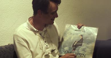 Video: Bu haftasonu Salon İKSV'de olacak Efterklang'dan Casper Clausen ile plak alışverişi