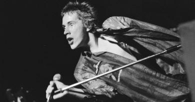 Günün şarkısı: Sex Pistols – Pretty Vacant