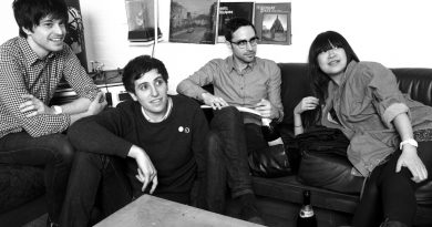 Pains of Being Pure at Heart'tan gif tadında video: Simple and Sure