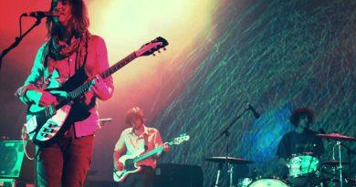 Tame Impala, yeni şarkılarını ilk kez canlı çaldı